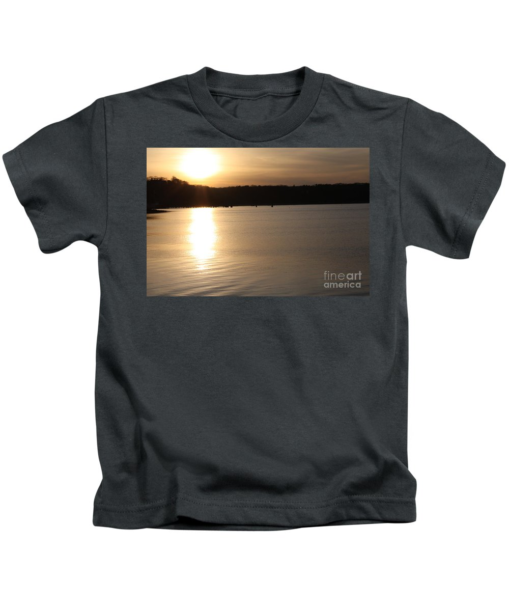 Oyster Bay Sunset Kids T-Shirt featuring the photograph Oyster Bay Sunset by John Telfer