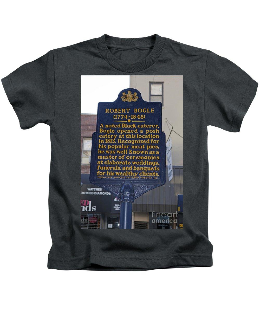 Robert Bogle Kids T-Shirt featuring the photograph Pa-131 Robert Bogle 1774-1848 by Jason O Watson