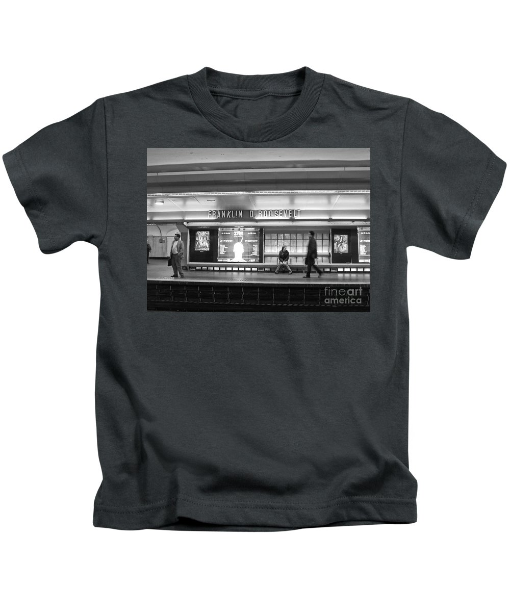 Paris Kids T-Shirt featuring the photograph Paris Metro - Franklin Roosevelt Station by Thomas Marchessault