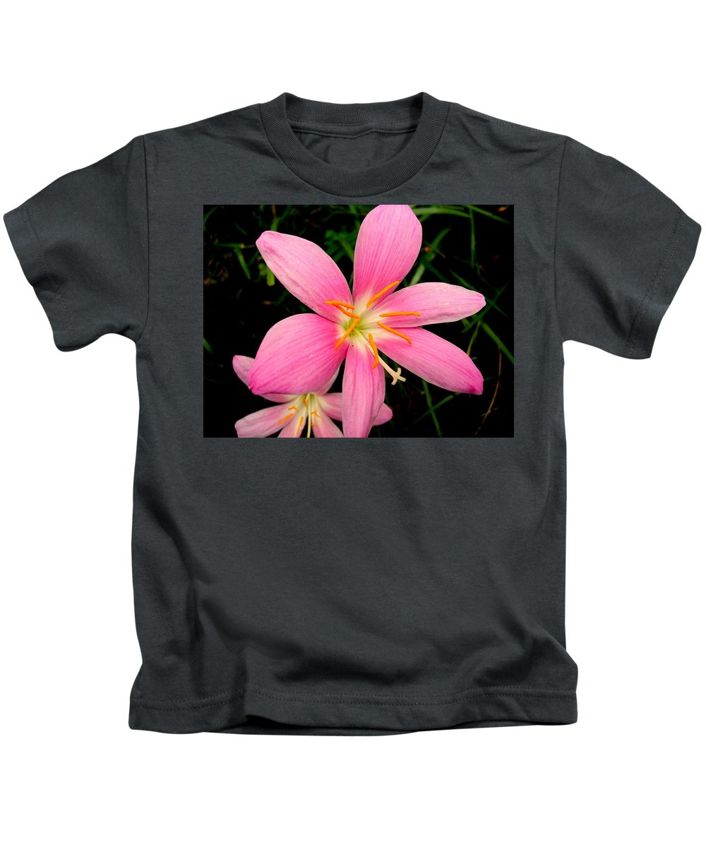 Pink Kids T-Shirt featuring the photograph Pink Day Lily by Cynthia Amaral