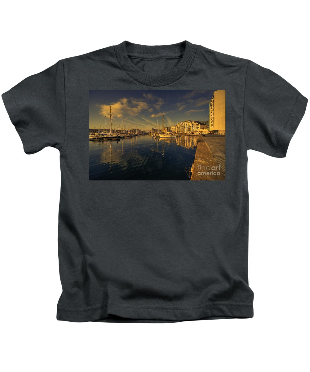 Plymouth Kids T-Shirt featuring the photograph Plymouth Barbican Marina by Rob Hawkins