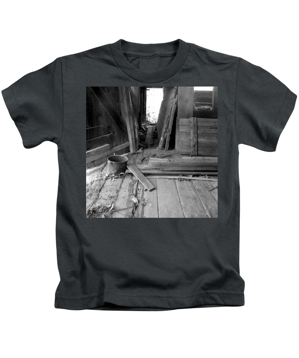 Pot Kids T-Shirt featuring the photograph Pot by Jean Macaluso