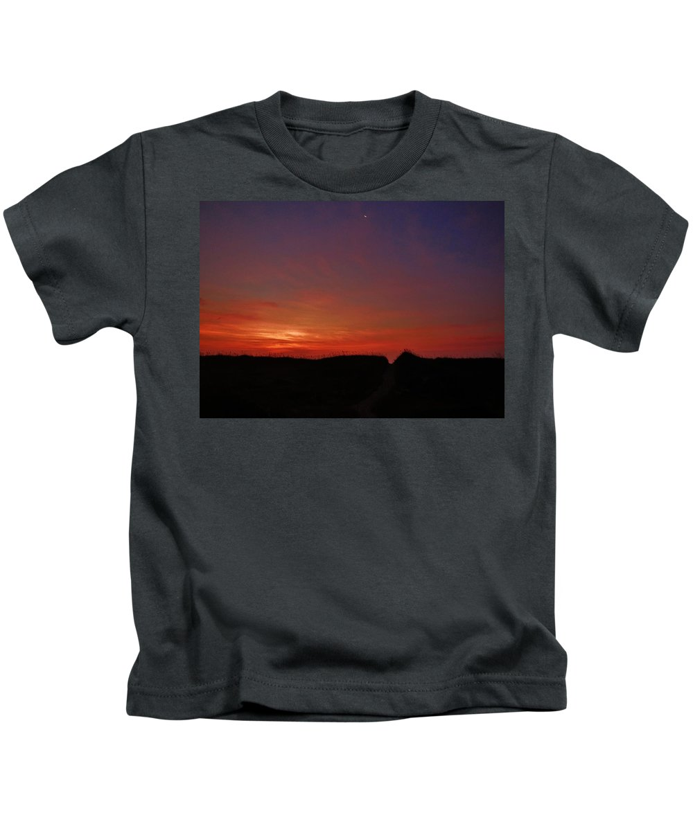 Mark Lemmon Cape Hatteras Nc The Outer Banks Photographer Subjects From Sunrise Kids T-Shirt featuring the photograph Predawn Hatteras Island 8/21 by Mark Lemmon
