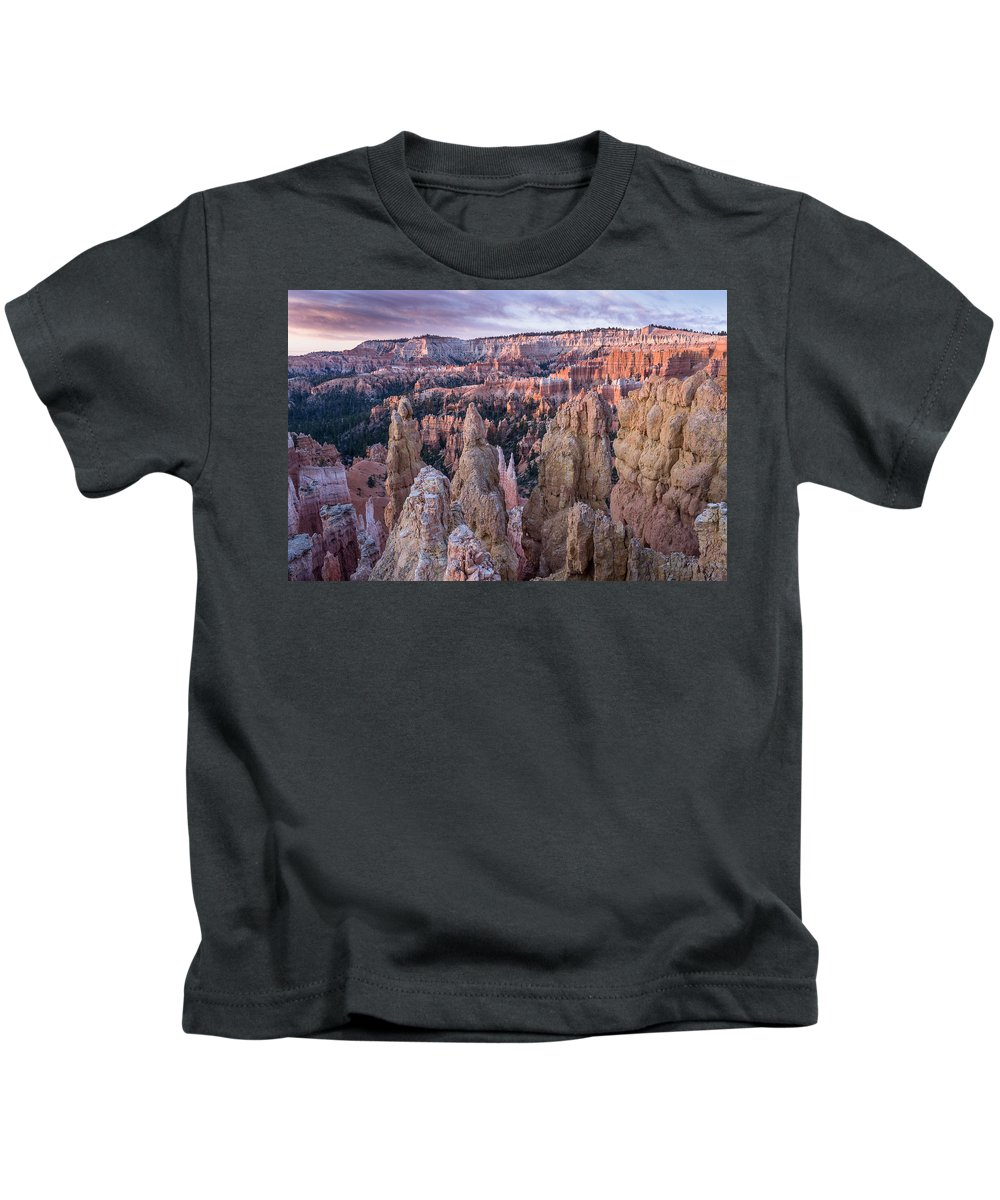 Bryce Canyon Kids T-Shirt featuring the photograph Queen's Garden At Dawn 4 by Greg Nyquist