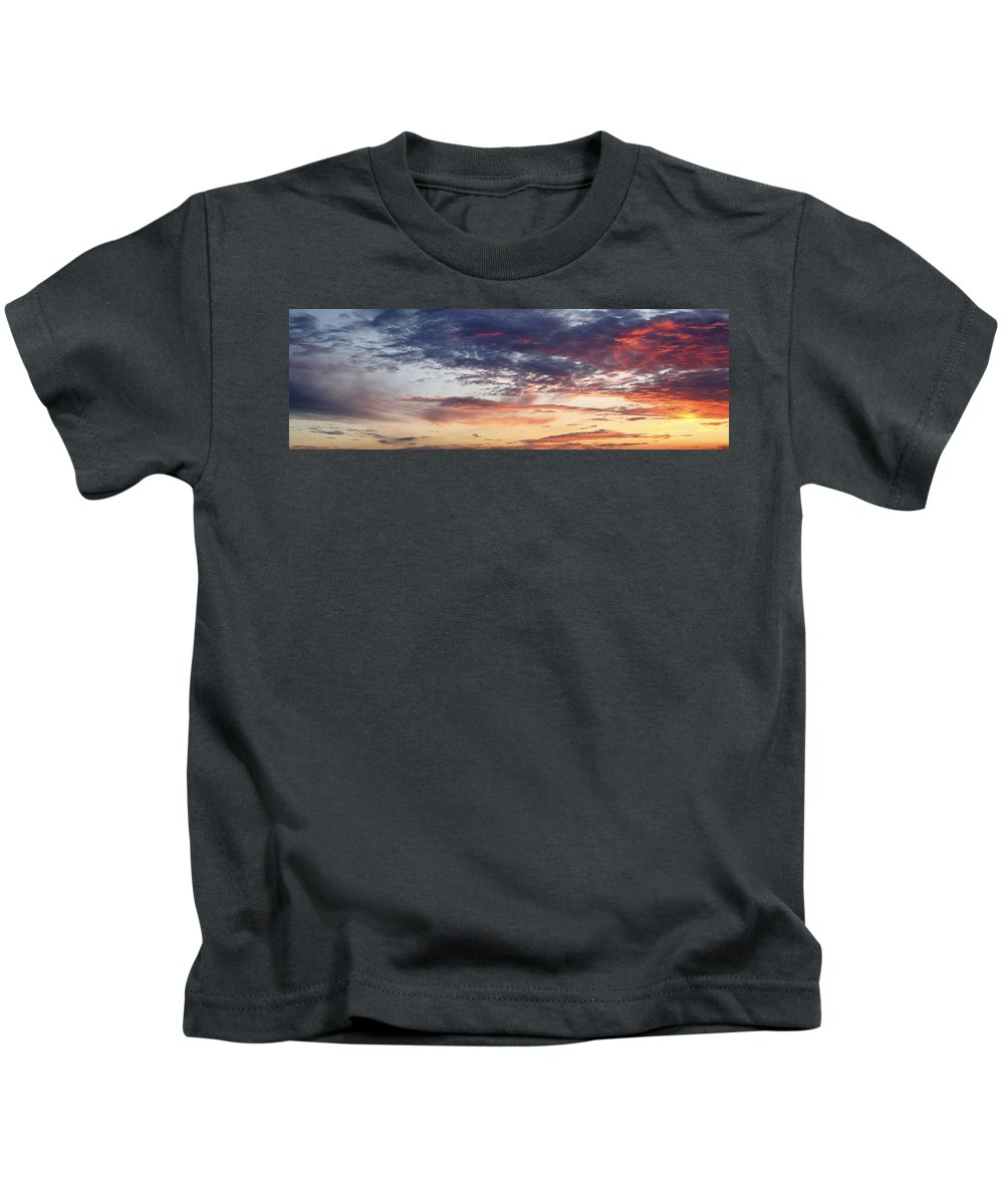 Dawn Kids T-Shirt featuring the photograph Red Sky At Night by Les Cunliffe