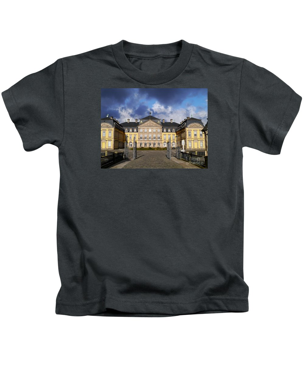 Building Kids T-Shirt featuring the photograph Residence Castle Arolsen by Christiane Schulze Art And Photography