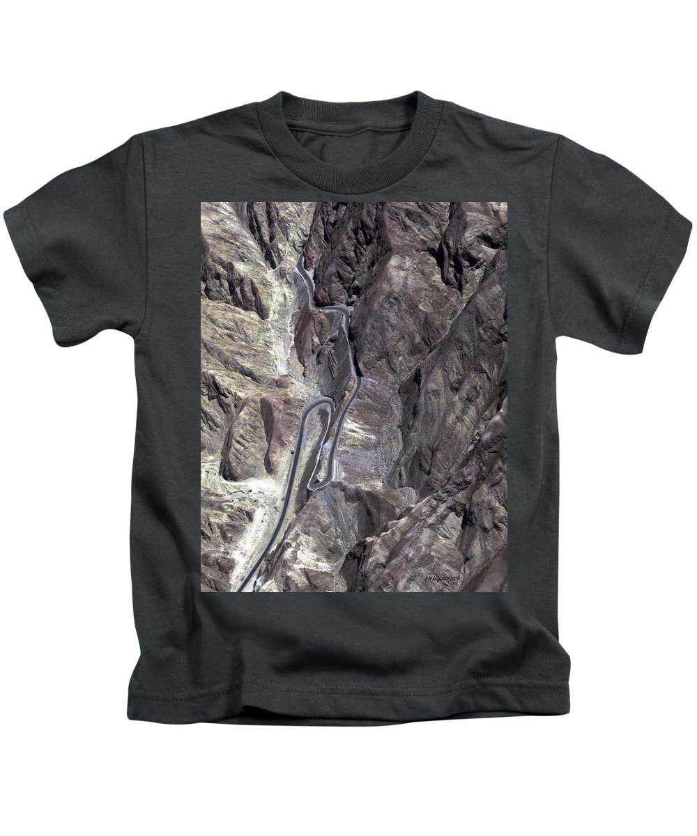 Peru Kids T-Shirt featuring the photograph Road To Nazca by Allen Sheffield