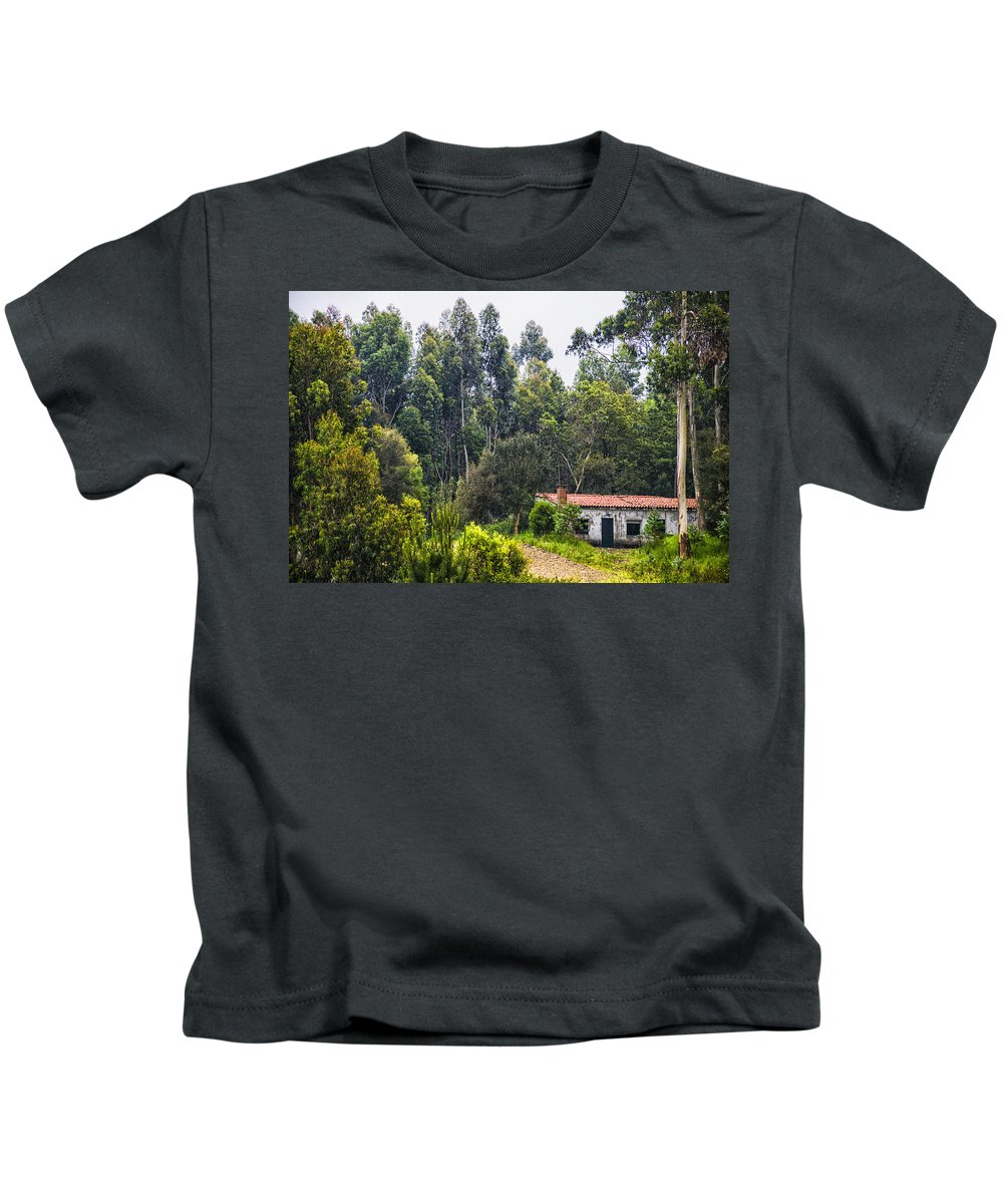 Rural Kids T-Shirt featuring the photograph Rural House by Paulo Goncalves