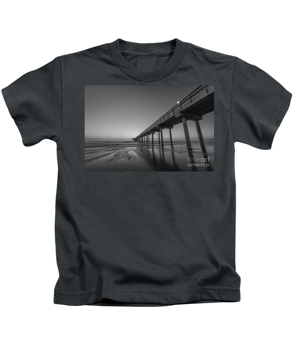 Michael Ver Sprill Kids T-Shirt featuring the photograph Scripps Pier Bw by Michael Ver Sprill