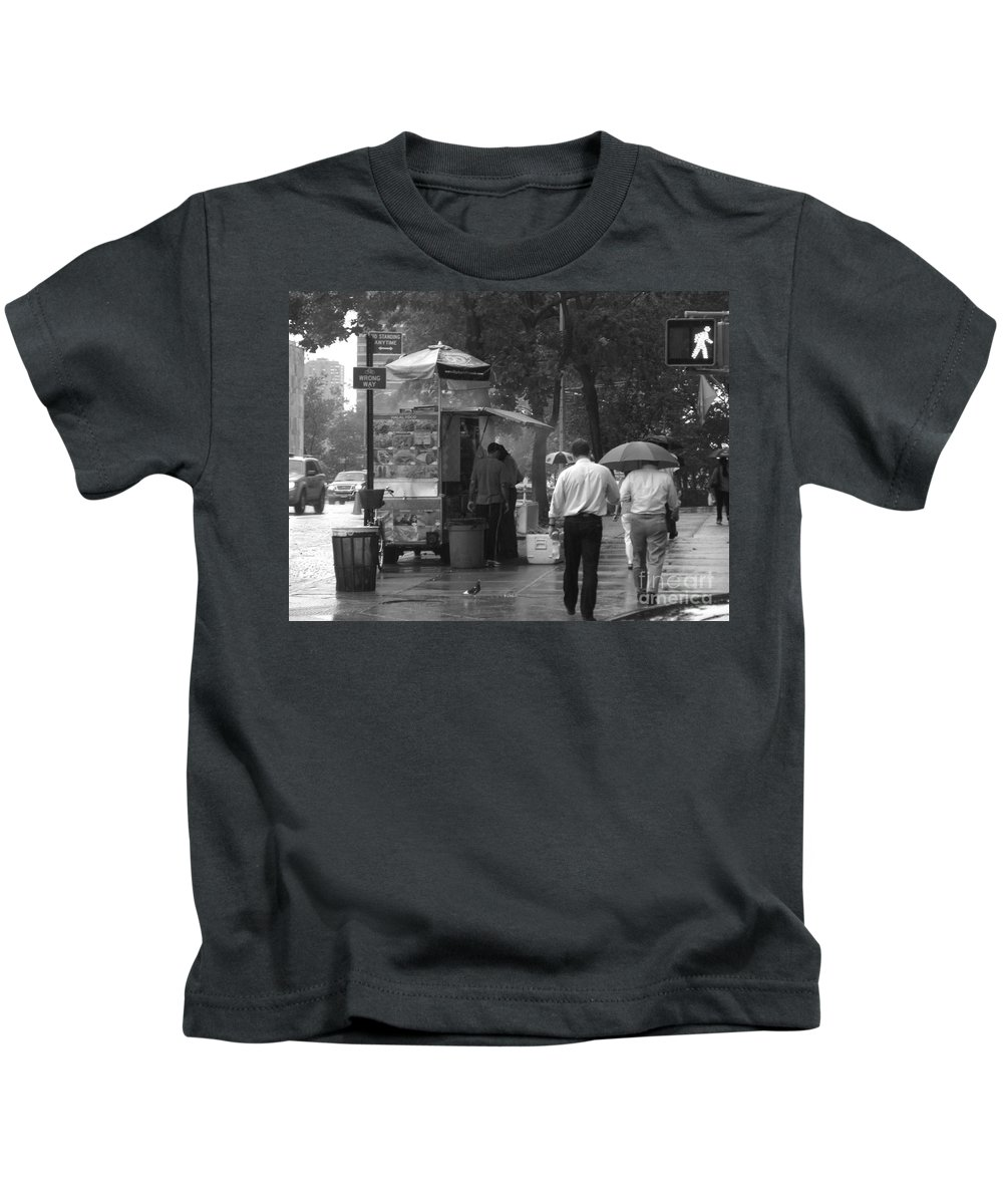 Design Kids T-Shirt featuring the photograph Spring Shower - Rainy Day In New York by Miriam Danar