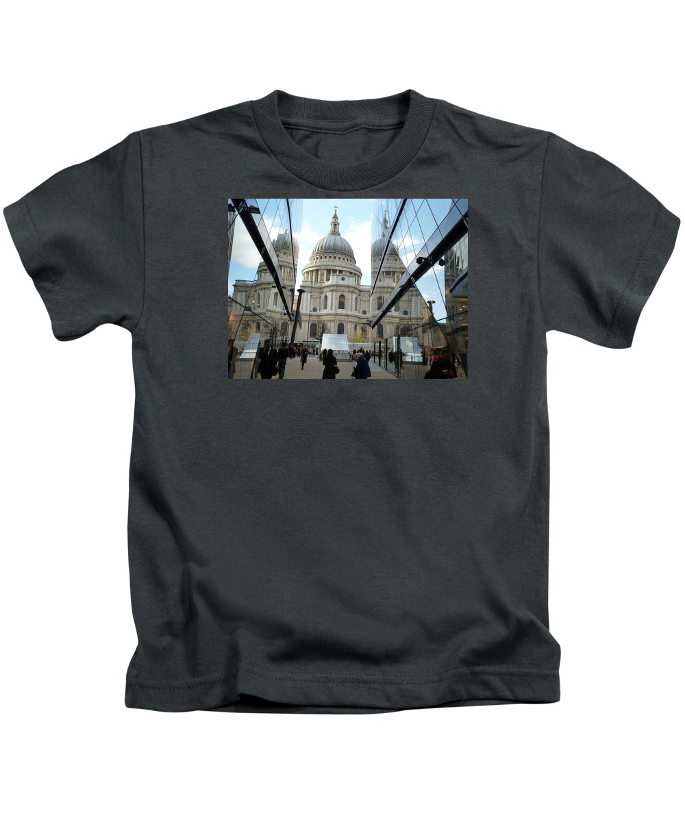 St Paul's Cathedral Kids T-Shirt featuring the photograph St Paul's Reflected by Wendy Le Ber