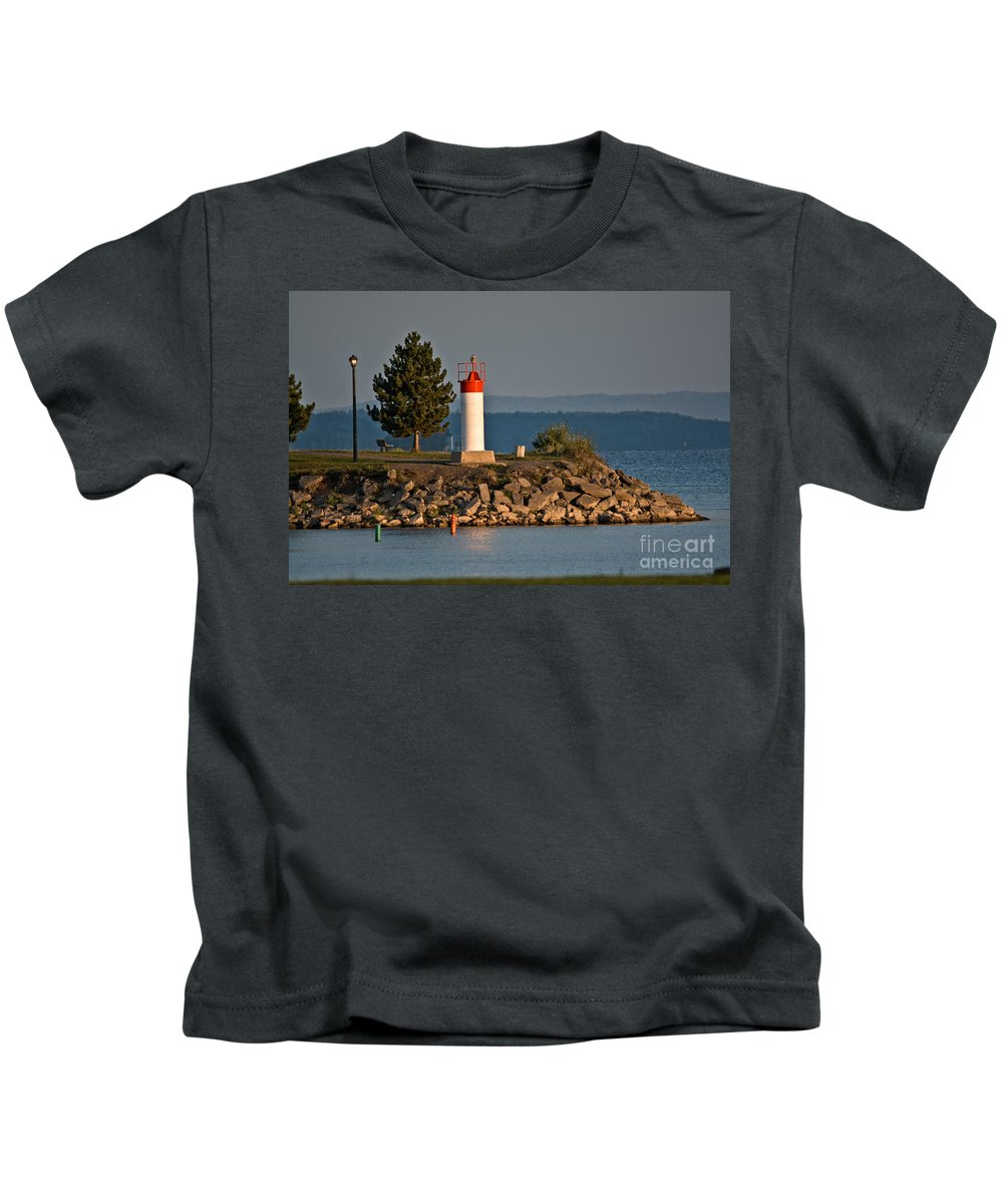 Kids T-Shirt featuring the photograph Sunrise At The Park by Cheryl Baxter