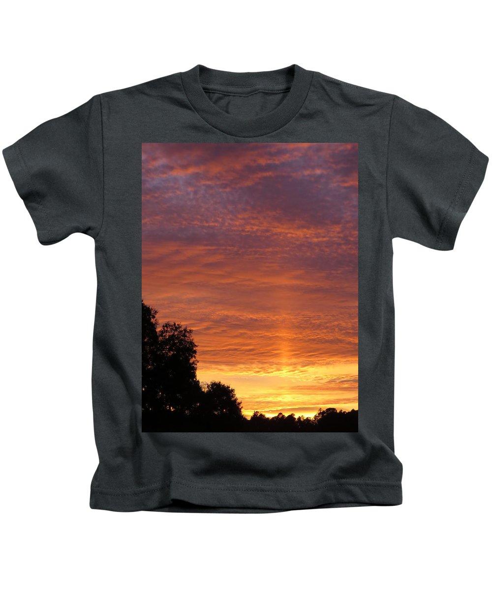 Sunset Kids T-Shirt featuring the photograph Sunset Sunburst by Zina Stromberg