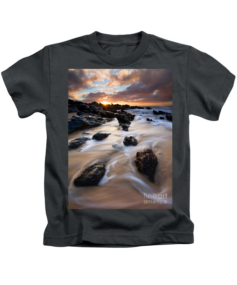 Seascape Kids T-Shirt featuring the photograph Surrounded By The Tides by Mike Dawson
