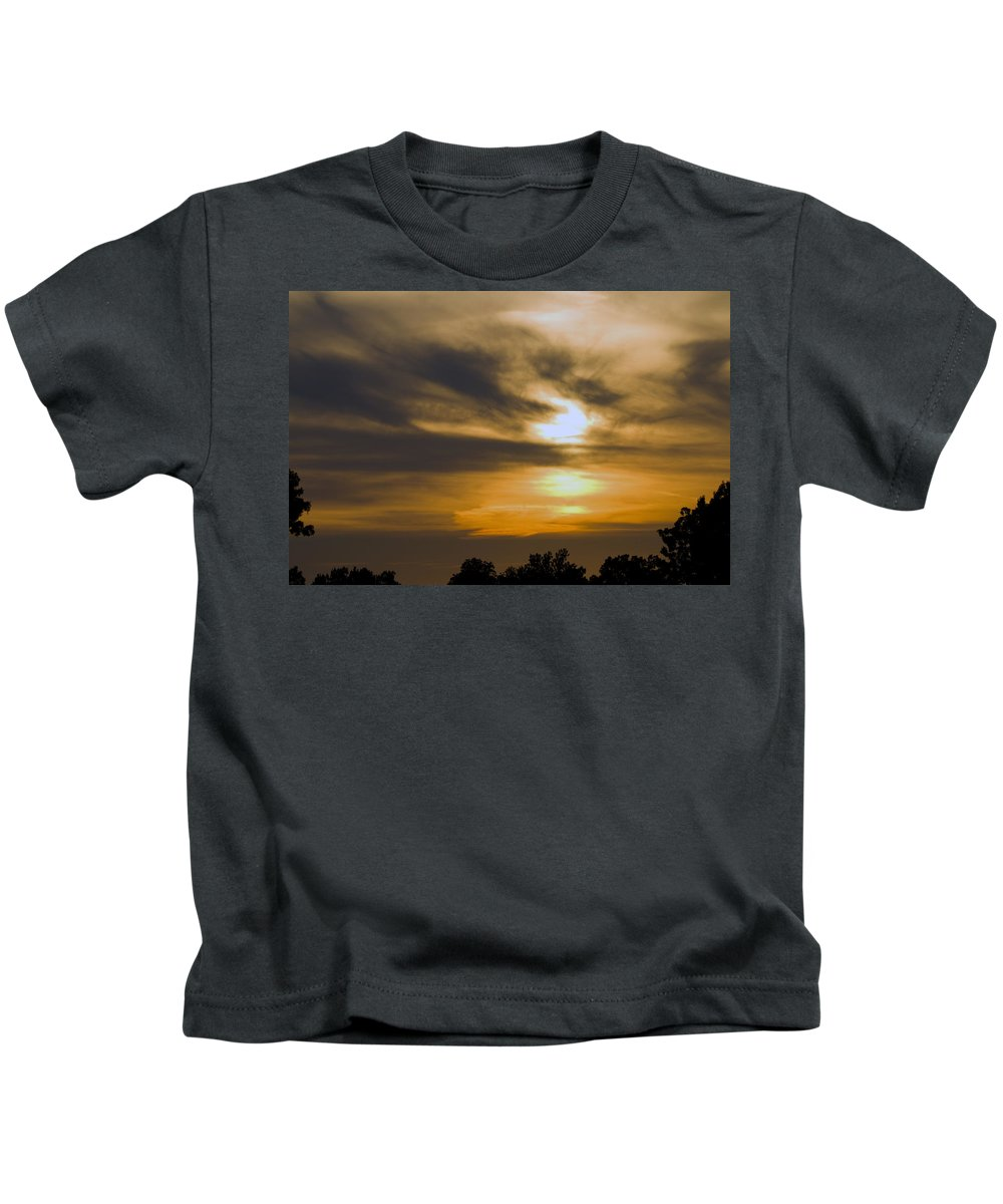 Tulsa Photographs Kids T-Shirt featuring the photograph Tulsa Skies II by Vernis Maxwell