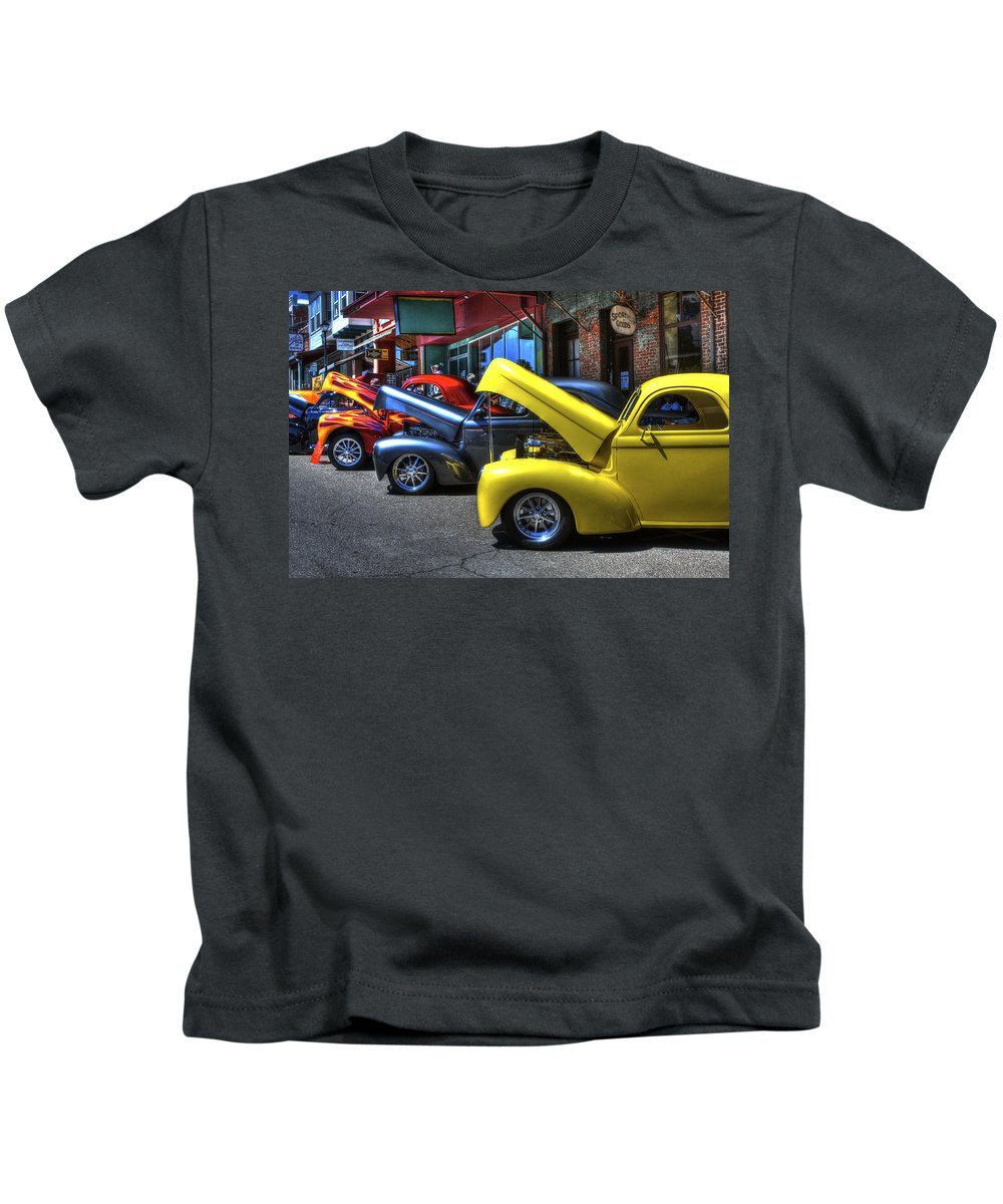 Amador Kids T-Shirt featuring the photograph Vintage Cruise Cars 7 by SC Heffner