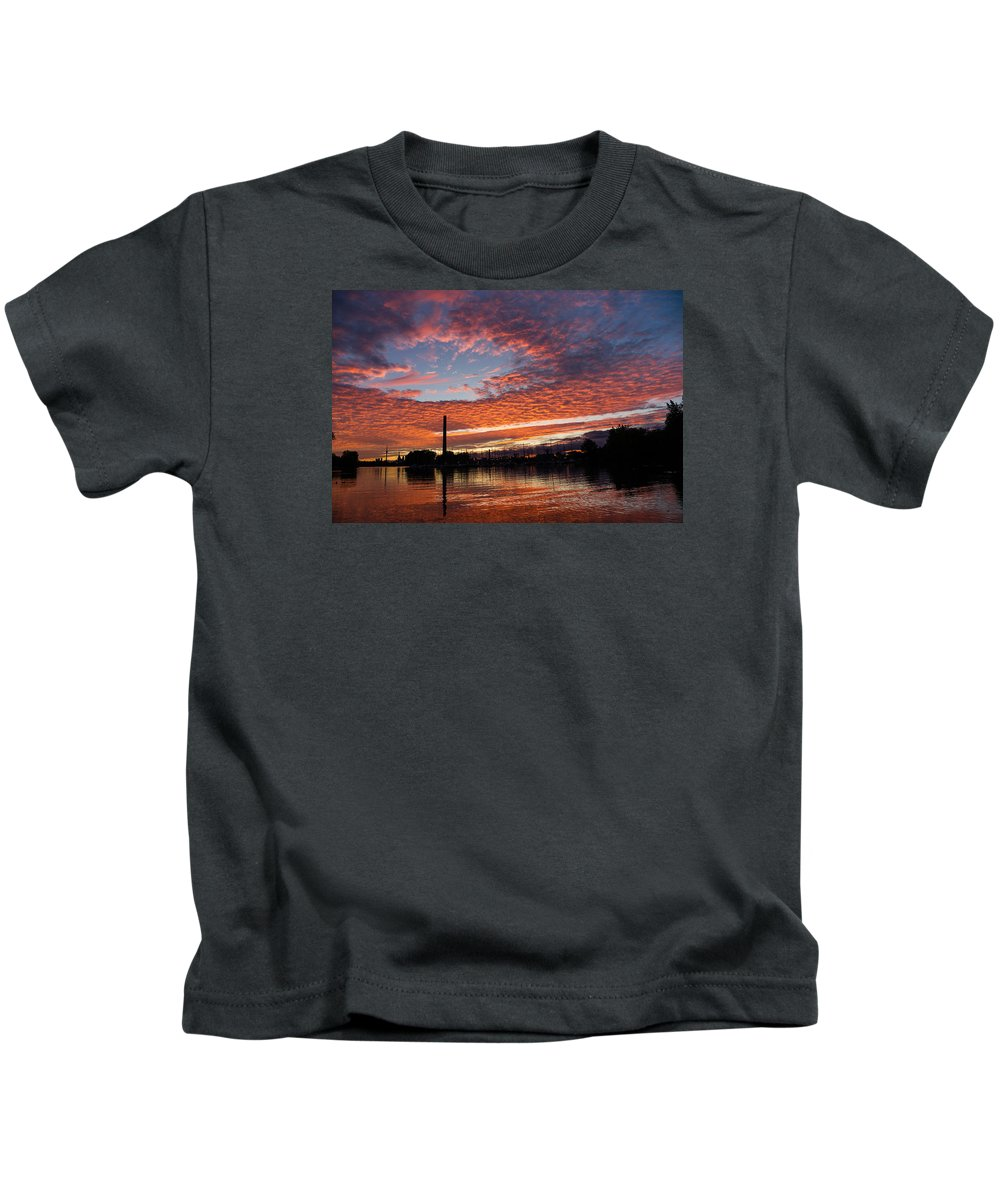 Georgia Mizuleva Kids T-Shirt featuring the photograph Vivid Skyscape - Summer Sunset At Toronto Beaches Marina by Georgia Mizuleva