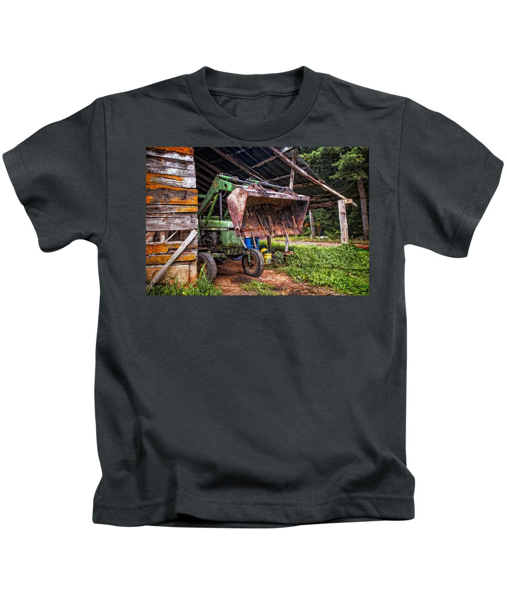 2550 Kids T-Shirt featuring the photograph Workhorse by Debra and Dave Vanderlaan