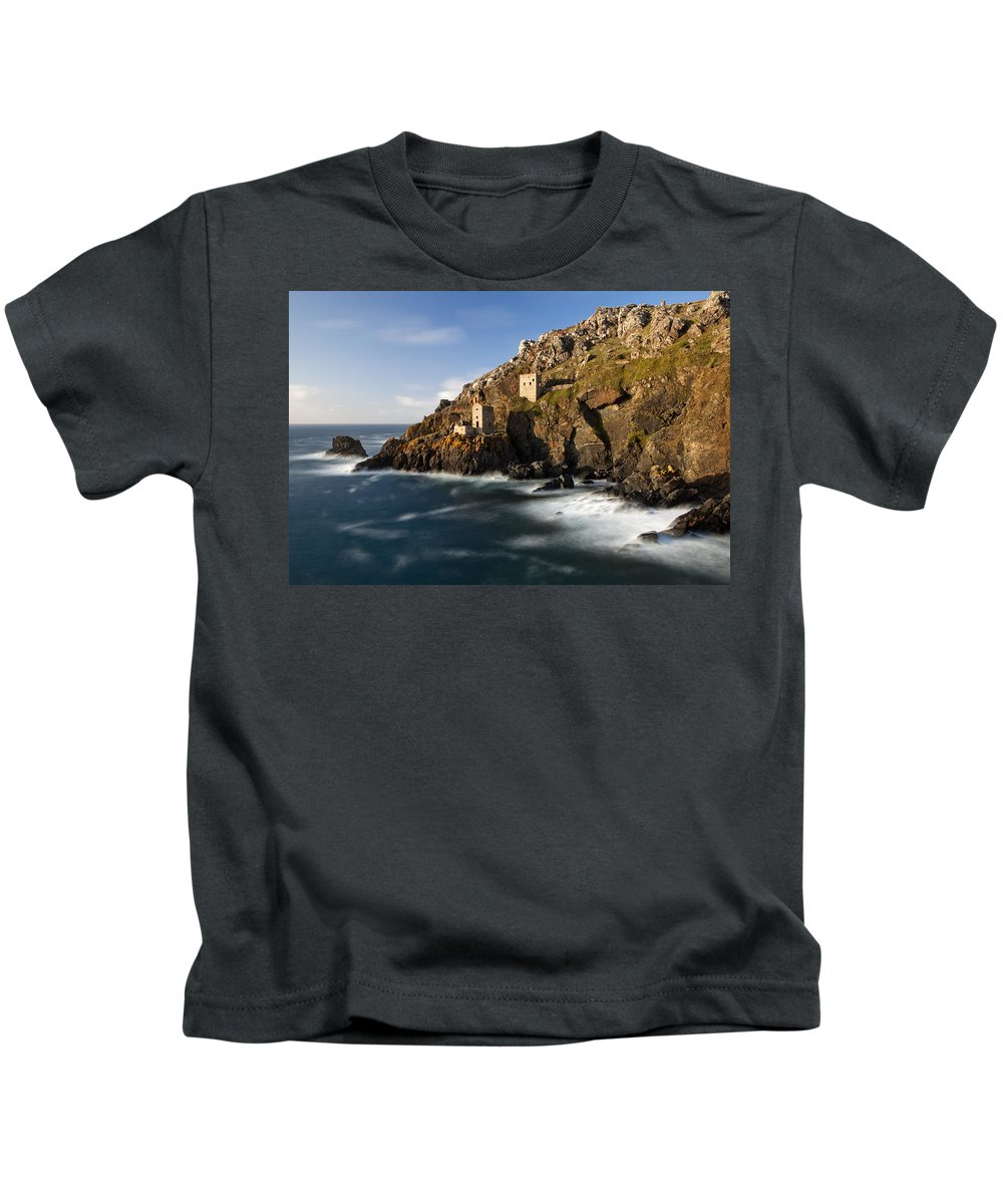 England Kids T-Shirt featuring the photograph Cornwall by Sebastian Wasek