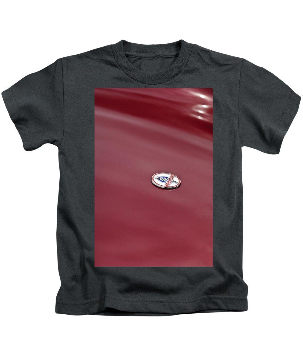 1964 Shelby 289 Cobra Kids T-Shirt featuring the photograph 1964 Shelby 289 Cobra Hood Emblem by Jill Reger