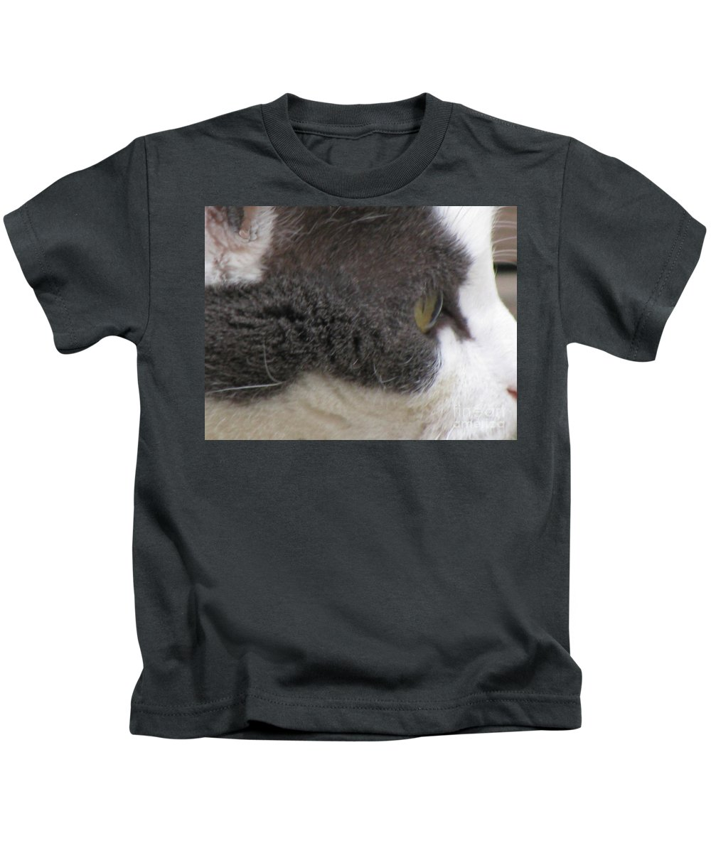 Animal Kids T-Shirt featuring the photograph Boojer's Eye by Donna Brown