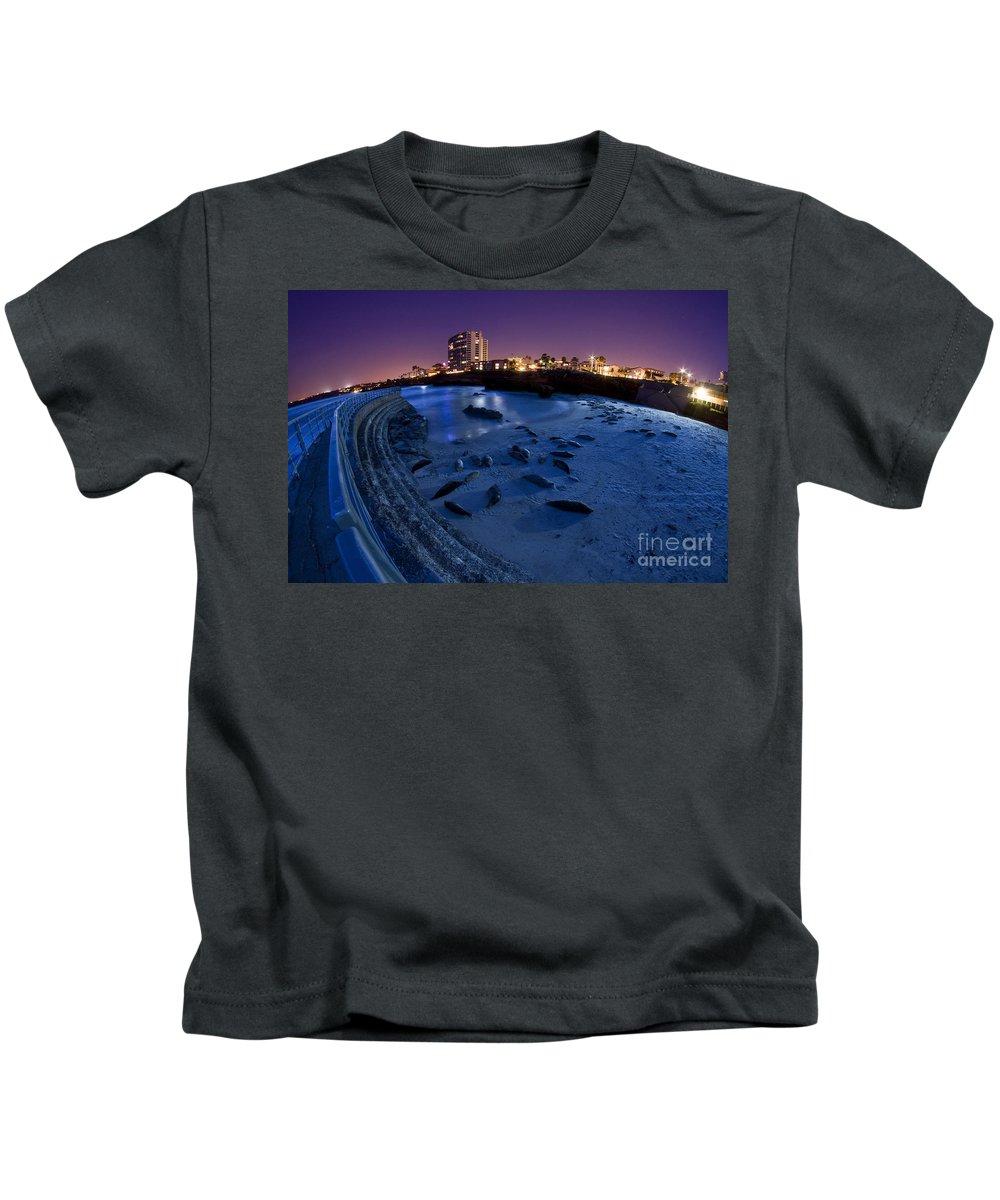 La Jolla Kids T-Shirt featuring the photograph Children's Pool 6 by Daniel Knighton