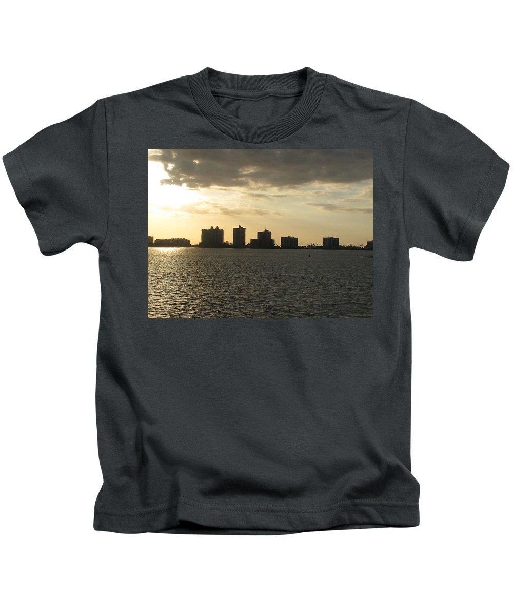 Clearwater Kids T-Shirt featuring the painting Clearwater Sky by Clara Sue Beym