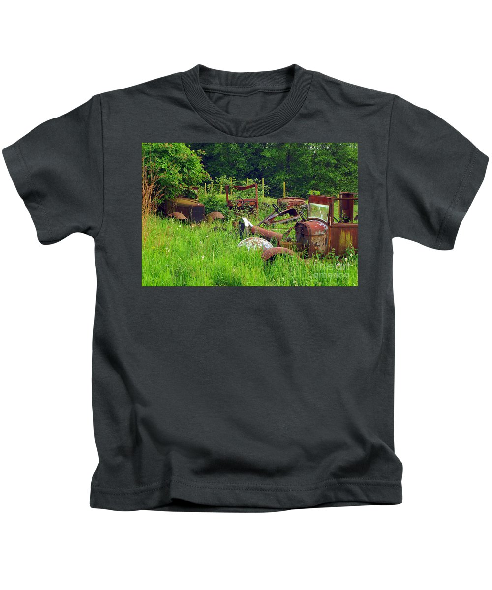 Cars Kids T-Shirt featuring the photograph Field Of Dreams by Randy Harris