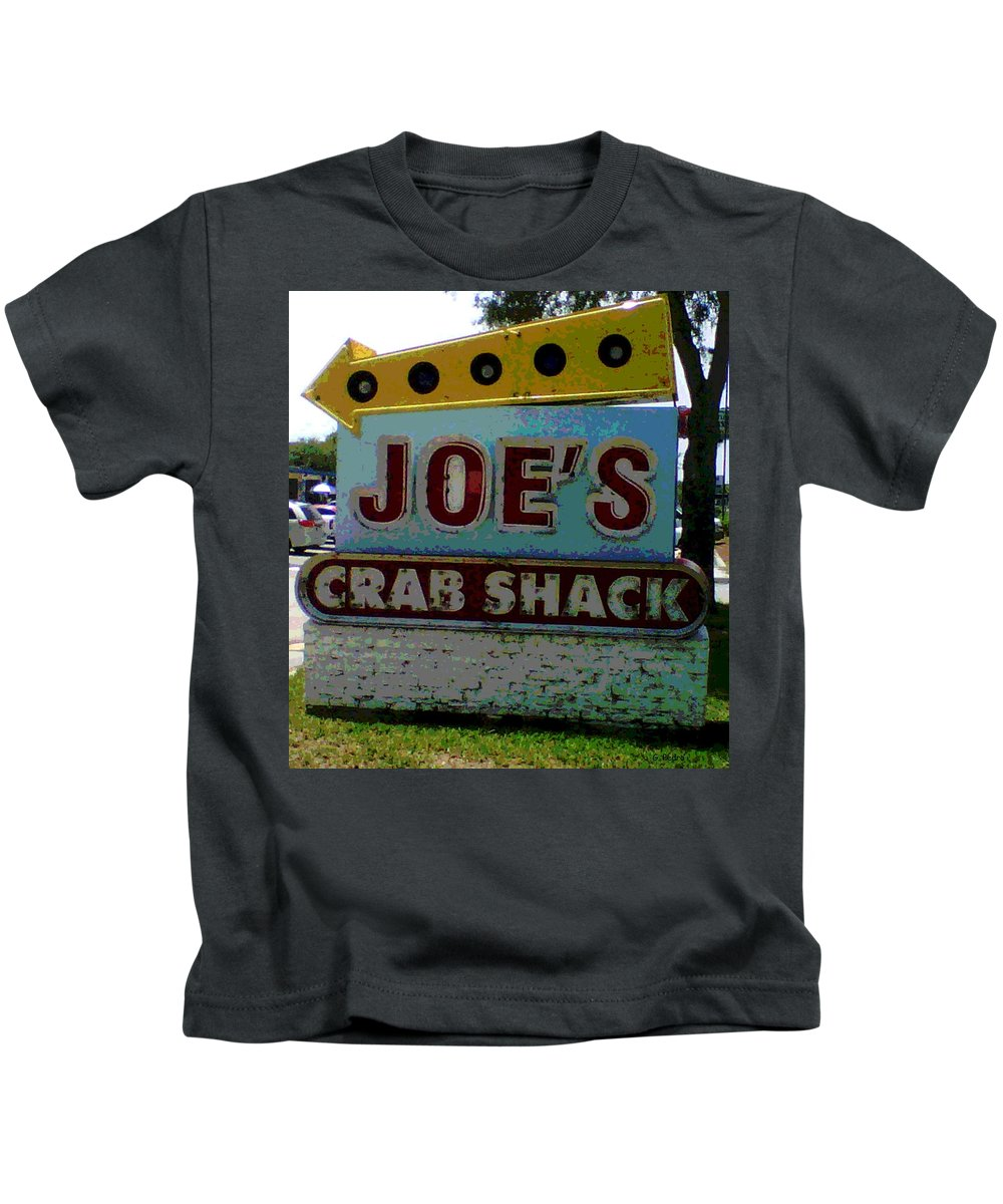 Joe's Crab Shack Kids T-Shirt featuring the photograph Joe's Crab Shack by George Pedro
