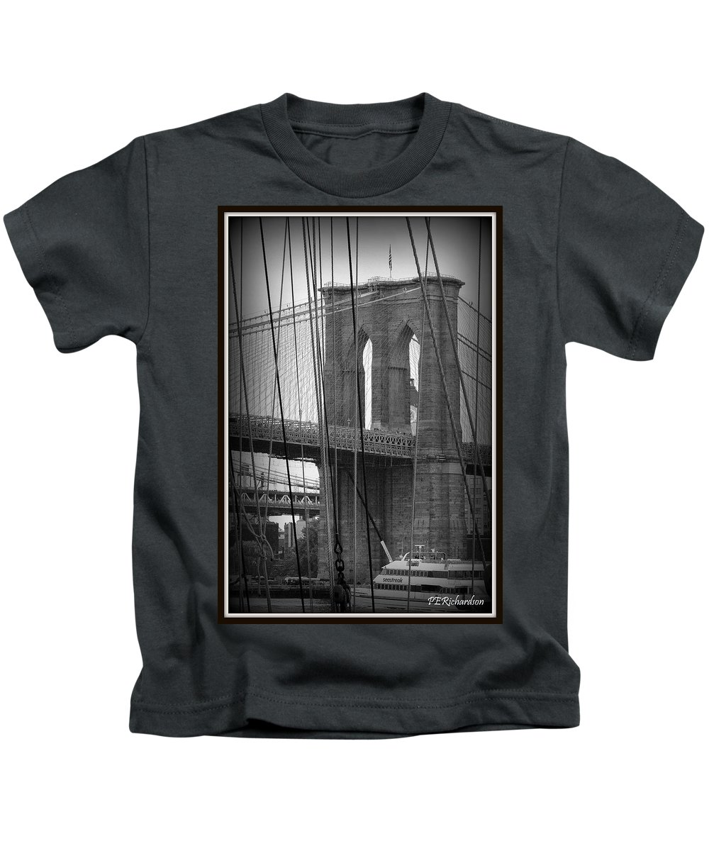 Brooklyn Bridge Kids T-Shirt featuring the photograph Live Wire by Priscilla Richardson
