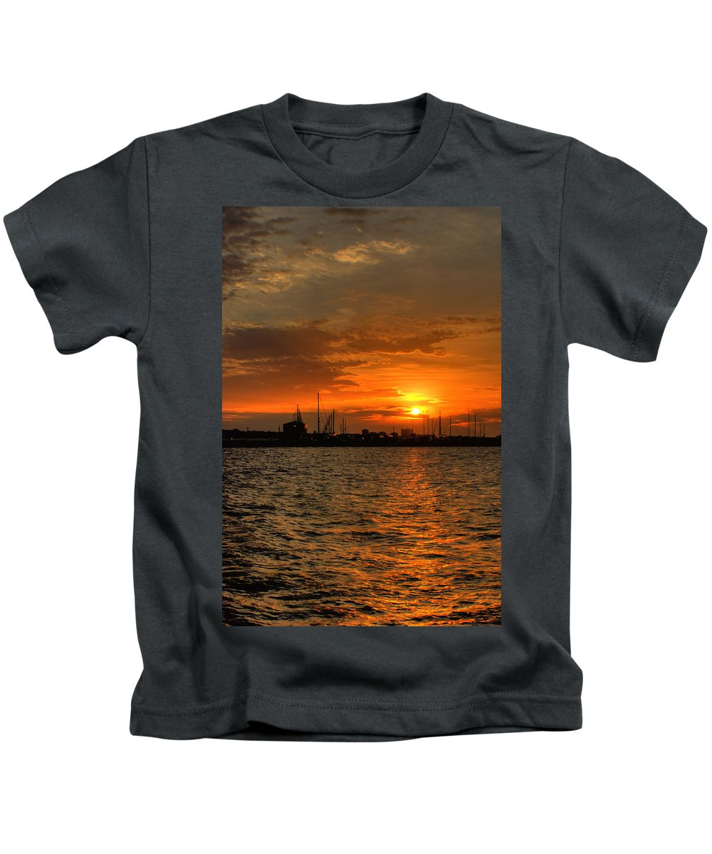 Long Beach Kids T-Shirt featuring the photograph Long Beach Harbor Sunrise by Beth Gates-Sully