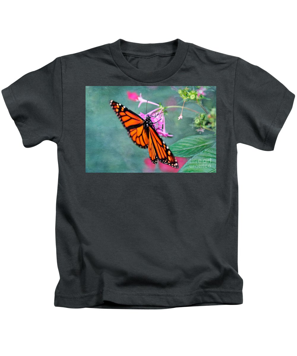 Monarch Butterfly Kids T-Shirt featuring the photograph Monarch Butterfly by Betty LaRue