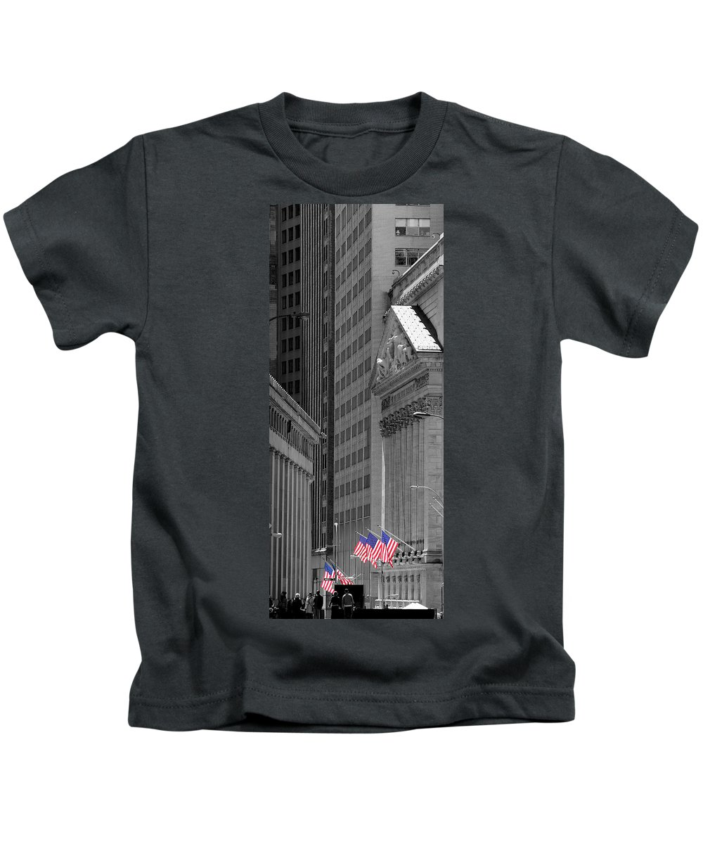 New York Kids T-Shirt featuring the photograph New York Stock Exchange by Andrew Fare