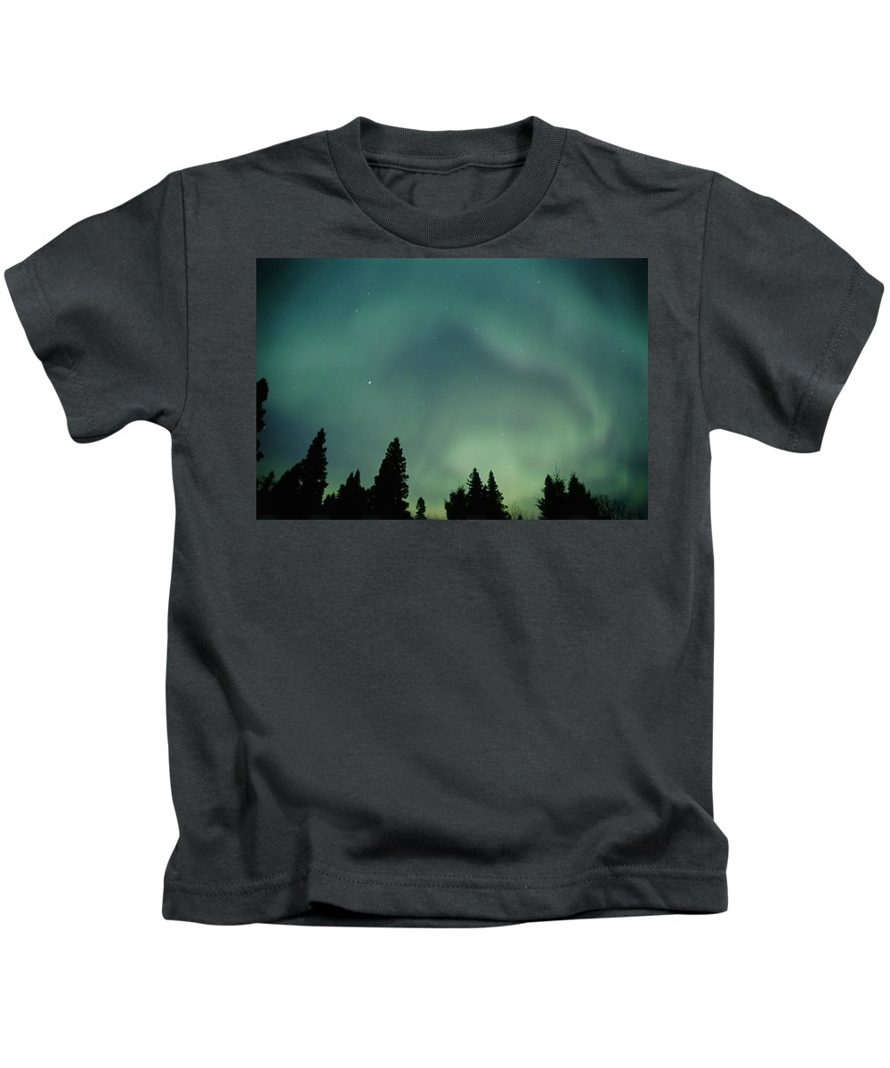 Birds Hill Pp Kids T-Shirt featuring the photograph Northern Lights, Birds Hill Provincial by Mike Grandmailson