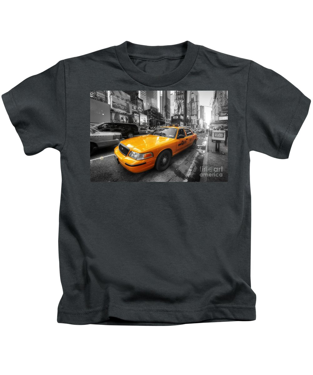 Art Kids T-Shirt featuring the photograph Nyc Yellow Cab by Yhun Suarez