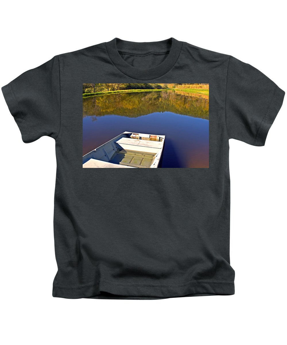 Boat Kids T-Shirt featuring the photograph Old Boat by Susan Leggett