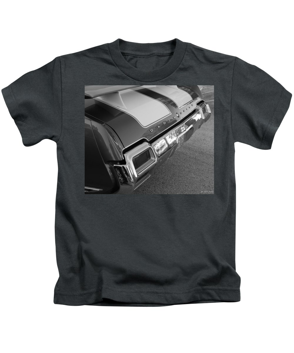 Oldsmobile Kids T-Shirt featuring the photograph Olds Cs In Black And White by Rob Hans