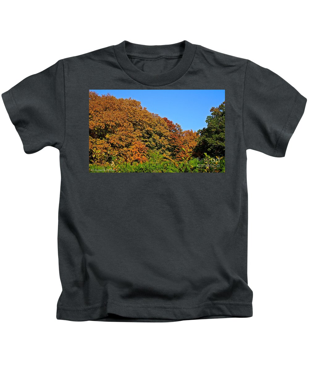 Outdoors Kids T-Shirt featuring the photograph Over The Hedge by Susan Herber