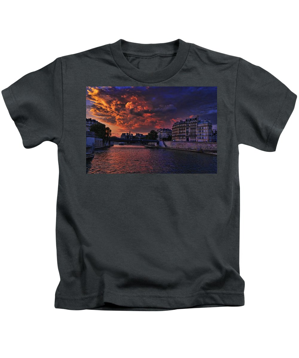 Paris Sundown Kids T-Shirt featuring the photograph Paris Sundown by Wes and Dotty Weber