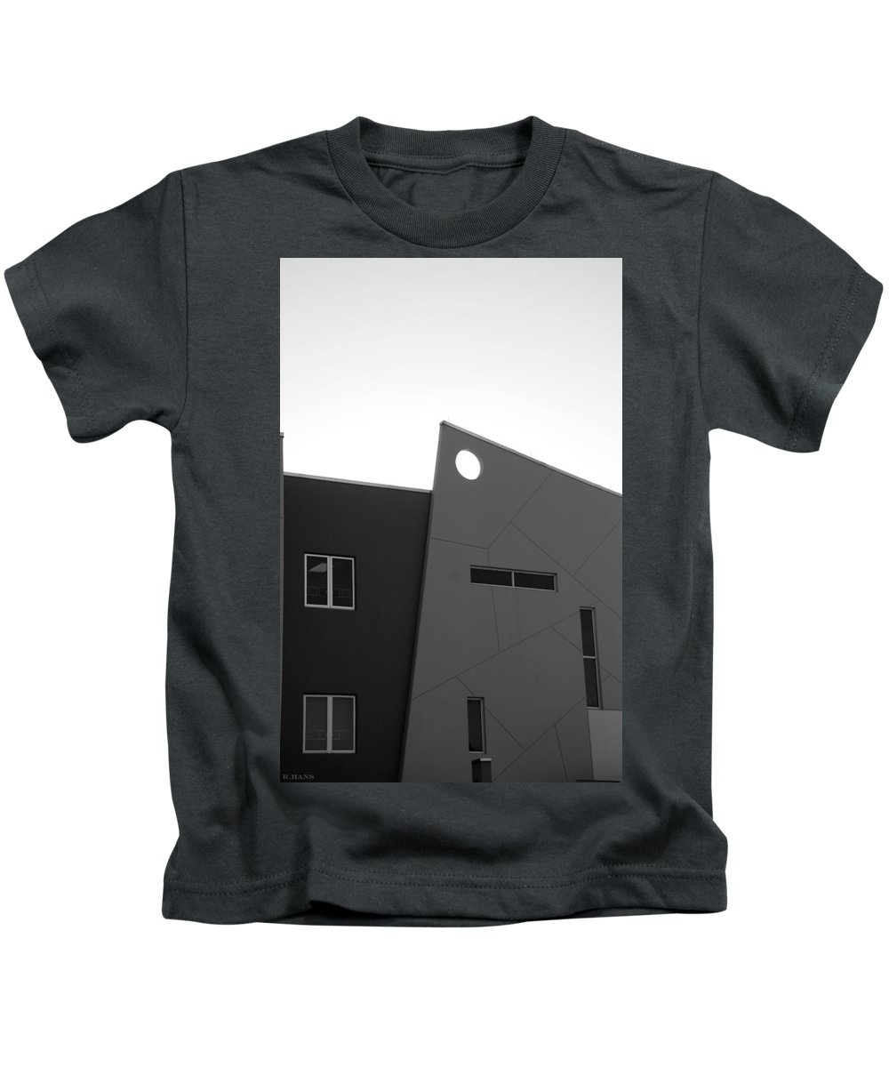 Architecture Kids T-Shirt featuring the photograph Qw School In Black And White by Rob Hans