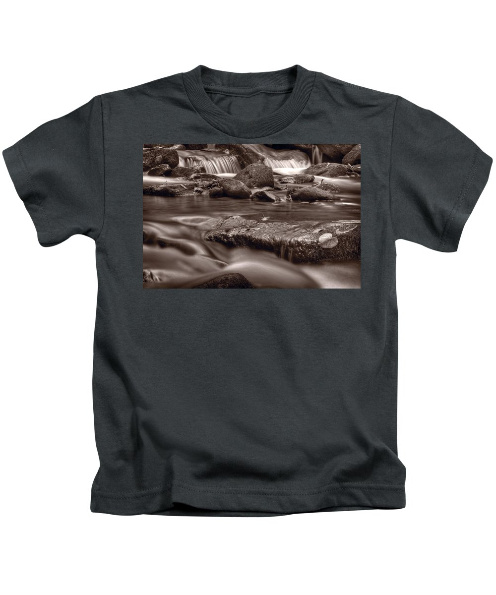 Roaring Kids T-Shirt featuring the photograph Roaring Fork Great Smokey Mountains Bw by Steve Gadomski