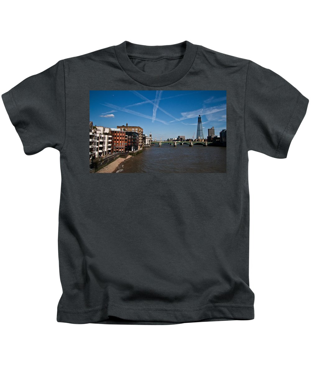 London Kids T-Shirt featuring the photograph Shard And River Thames by Dawn OConnor