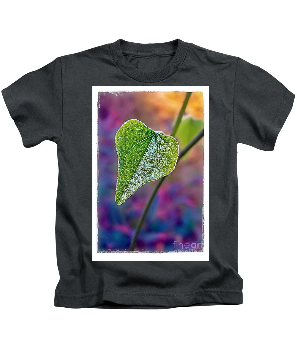Leaf Kids T-Shirt featuring the photograph Smilax by Judi Bagwell
