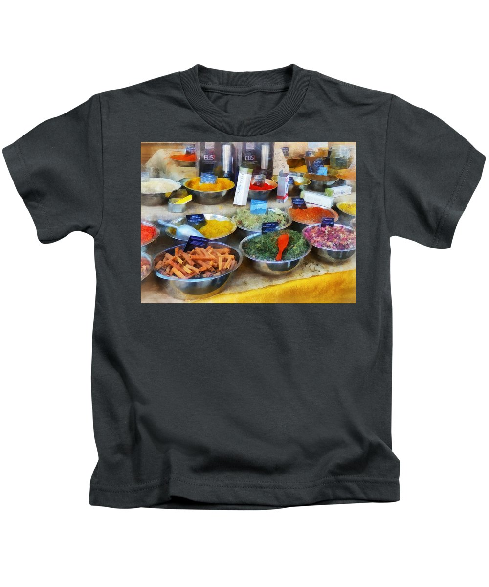 Cinnamon Kids T-Shirt featuring the photograph Spice Stand by Susan Savad