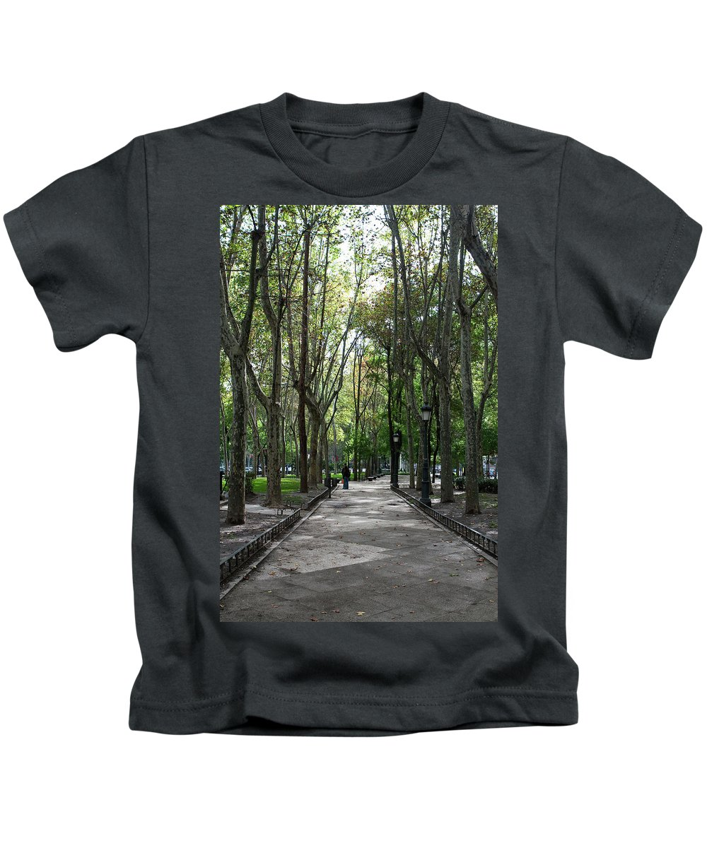 Madrid Kids T-Shirt featuring the photograph Tall Trees Of Madrid by Lorraine Devon Wilke