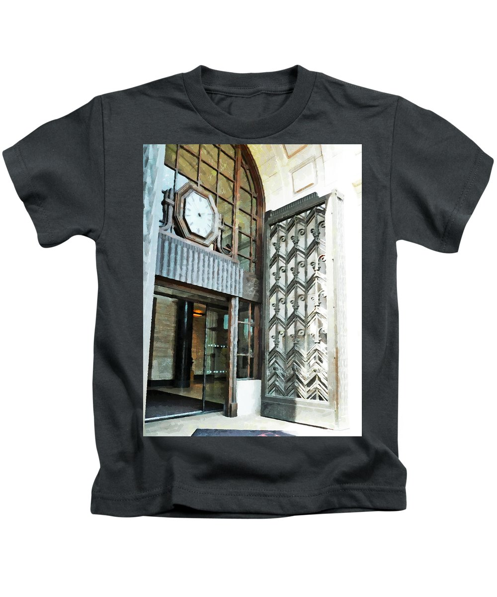 London Kids T-Shirt featuring the photograph The Entranceway to Unilever House by Steve Taylor