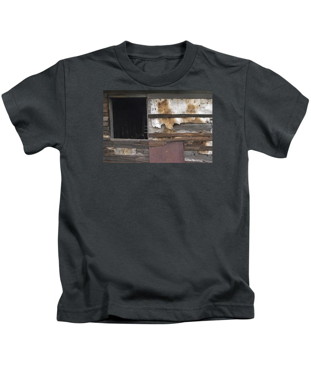Old Kids T-Shirt featuring the photograph Weathered Shed by David Kleinsasser