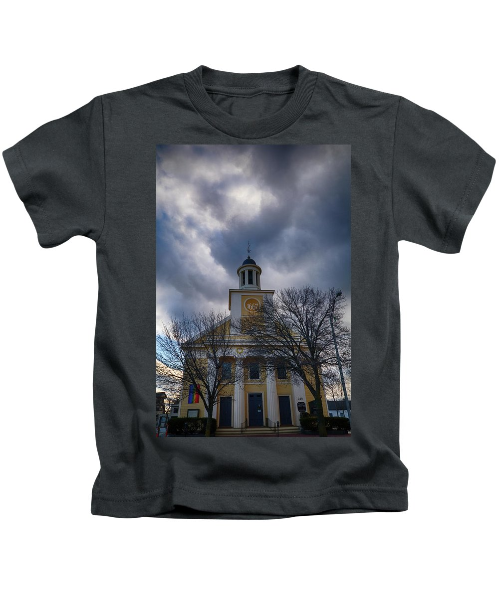 #jefffolger Kids T-Shirt featuring the photograph First Parish Church Beverly Ma by Jeff Folger