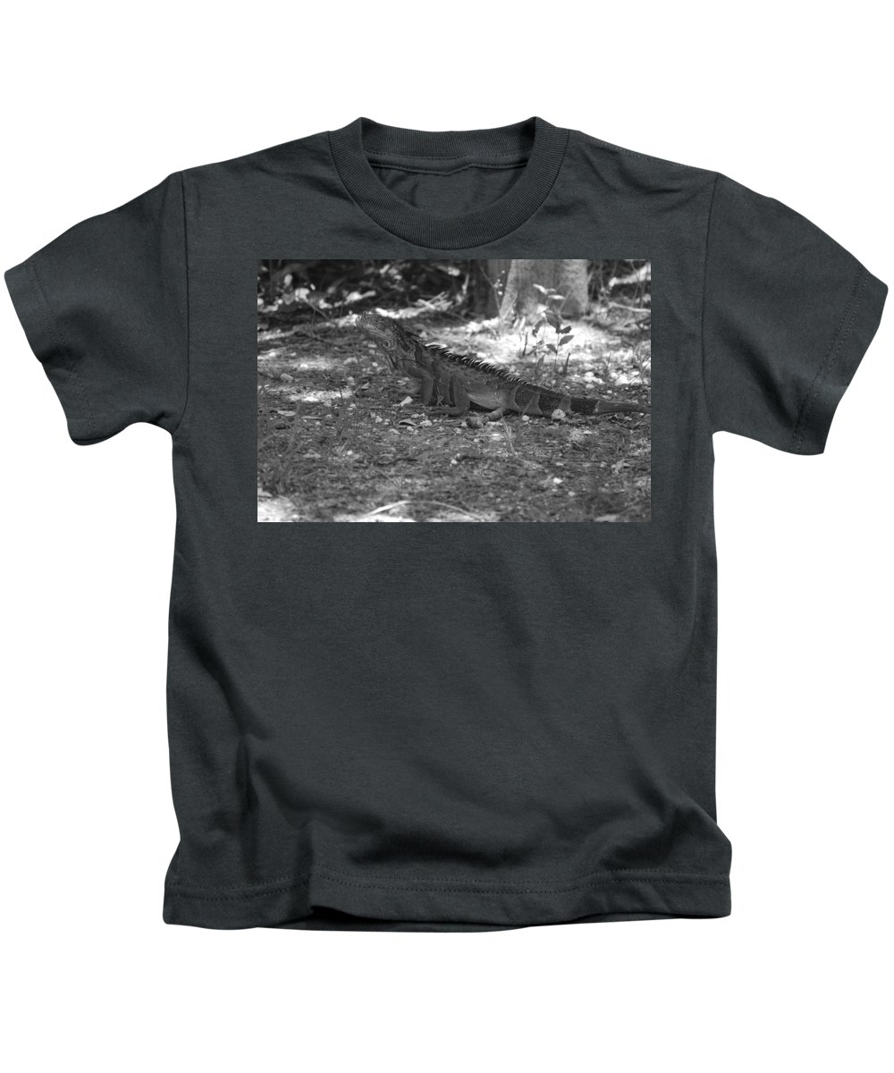 Black And White Kids T-Shirt featuring the photograph I Iguana by Rob Hans