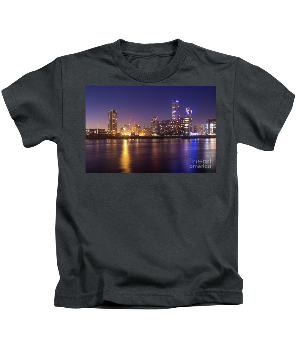 London Kids T-Shirt featuring the photograph River by Mariusz Czajkowski